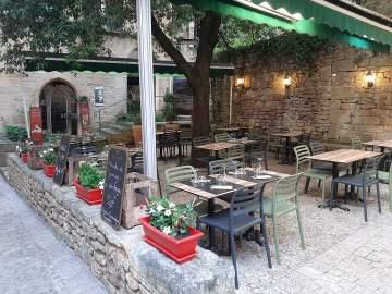 Un restaurant au coeur de la cité médiévale du Vieux-Sarlat
